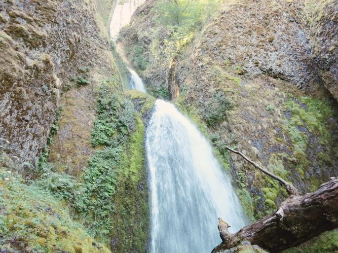 Whakeena Falls